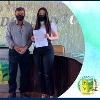 CÂMARA MUNICIPAL DE ARAPUÁ/MG DÁ POSSE A NOVA SERVIDORA